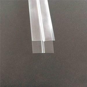 Прозрачный пластиковый пакет на молнии